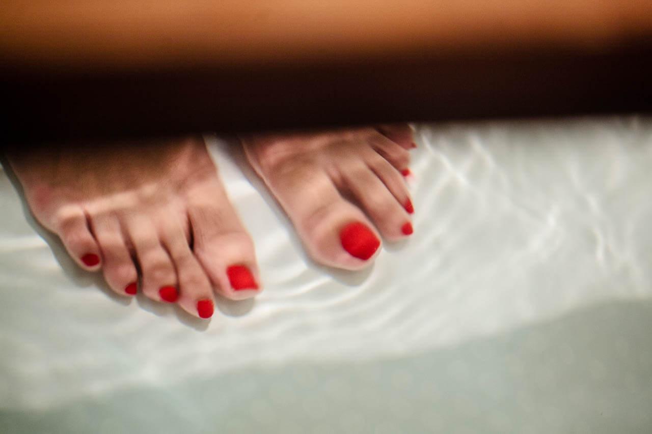 Füße in Whirlpool